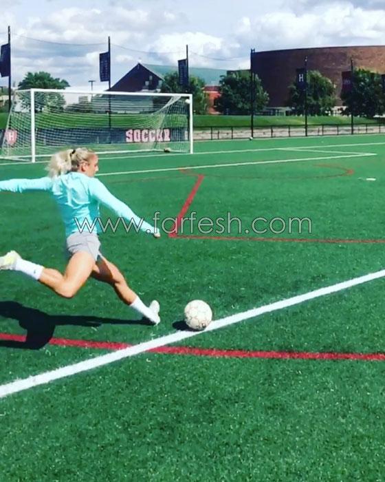صورة رقم 6 - بالفيديو.. حسناء تنافس ميسي ورونالدو بمهاراتها الكروية
