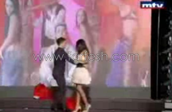 فيديو مذهل.. نادين نجيم تبهر العالم بمهاراتها واحترافها بالرقص! صورة رقم 1