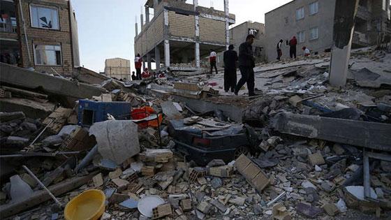 صورة رقم 6 - عشرات القتلى ومئات الجرحى اثر زلزال ضرب الحدود العراقية الإيرانية