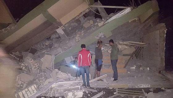 صورة رقم 11 - عشرات القتلى ومئات الجرحى اثر زلزال ضرب الحدود العراقية الإيرانية