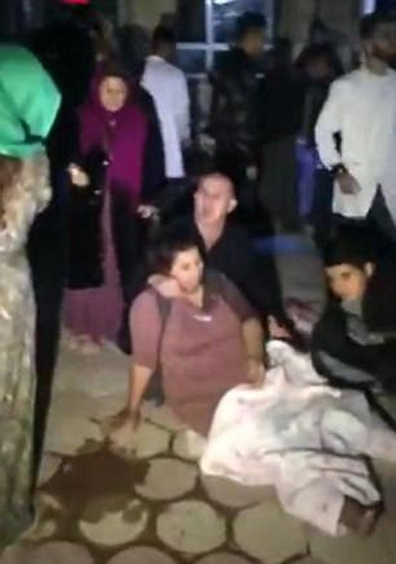 صورة رقم 13 - عشرات القتلى ومئات الجرحى اثر زلزال ضرب الحدود العراقية الإيرانية