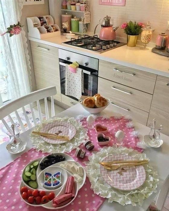 صورة رقم 14 - بالصور.. امرأة تركية تبدع في تقديم الطعام بنظام وترتيب بطريقة مذهلة