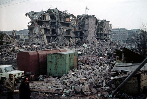 صورة رقم 12 - أقوى الزلازل في تاريخ البشرية