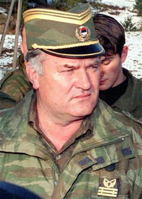 صورة رقم 3 - حر ولكن مكسور الخاطر.. في انتظار محاكمة سفاح البوسنة