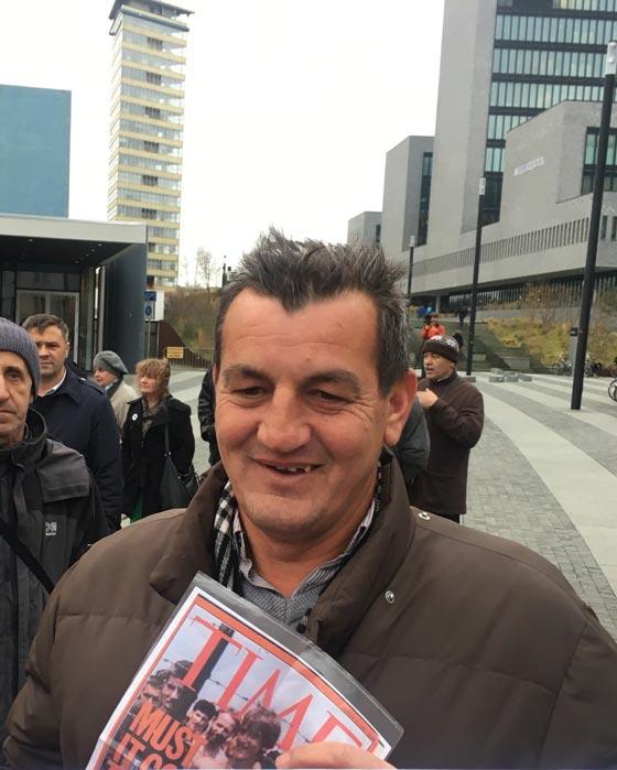 صورة رقم 1 - حر ولكن مكسور الخاطر.. في انتظار محاكمة سفاح البوسنة