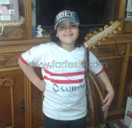 صورة رقم 4 - هل يسعى والد أشرقت أحمد طفلة (ذا فويس) للشهرة على حساب ابنته؟