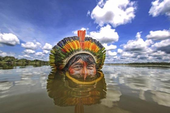صور رائعة.. قبيلة نائية في البرازيل تعيش في انسجام تام مع الطبيعة صورة رقم 3