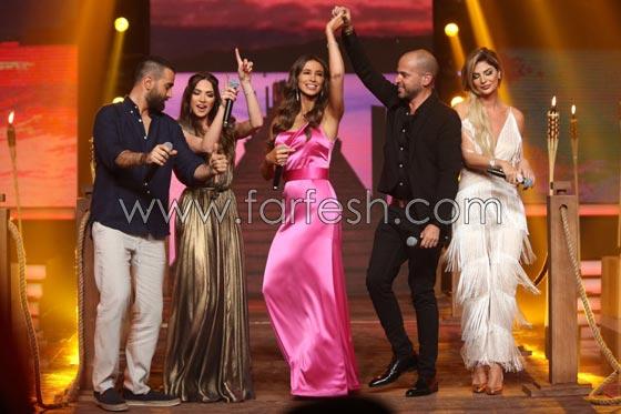 صورة رقم 2 - فيديو اللبنانية أنابيلا هلال تنافس المصرية يسرا وتغني (3 دقات) مع أبو!