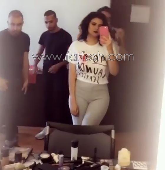 صورة رقم 2 - فيديو وصور السندريلا المغربية سلمى رشيد تثير الجدل بسروالها الضيق