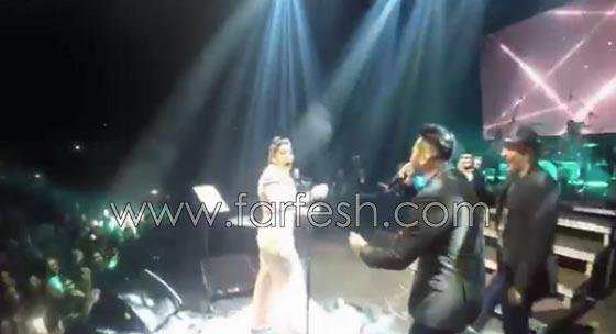 فيديو مقلب تامر حسني بشيرين على المسرح: دهشة وخوف ثم ضحك! صورة رقم 4
