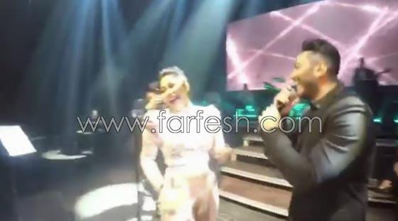 فيديو مقلب تامر حسني بشيرين على المسرح: دهشة وخوف ثم ضحك! صورة رقم 5