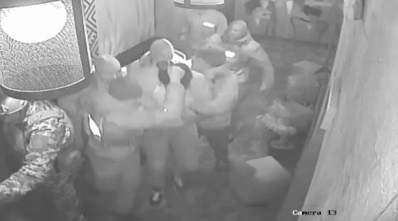 بالفيديو.. اهانة الرئيس الجورجي السابق وتهديده بالقتل صورة رقم 4