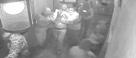 بالفيديو.. اهانة الرئيس الجورجي السابق وتهديده بالقتل صورة رقم 3