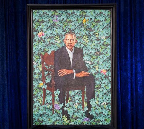 صورة رقم 5 - اوباما يسخر من شكله ويتغزل في صورة زوجته ميشيل