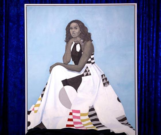 صورة رقم 6 - اوباما يسخر من شكله ويتغزل في صورة زوجته ميشيل