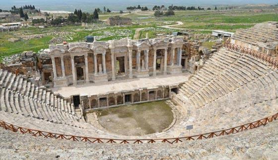 ما هو سر معبد بوابة الجحيم الرومانية الذي يقتل كل من يقترب منه؟! صورة رقم 7