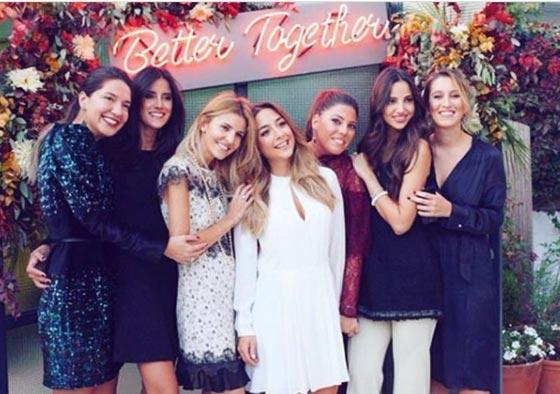 آخر صورة للفتاة الثرية وصديقاتها ضحايا الطائرة التركية المنكوبة صورة رقم 3
