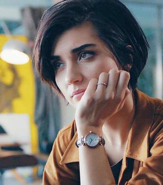 بالفيديو: الكاتبة السعودية نورة المعيقلي توأم الممثلة التركية لميس! صورة رقم 7