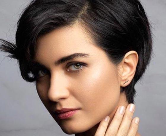 بالفيديو: الكاتبة السعودية نورة المعيقلي توأم الممثلة التركية لميس! صورة رقم 8