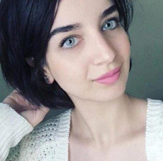 بالفيديو: الكاتبة السعودية نورة المعيقلي توأم الممثلة التركية لميس! صورة رقم 3
