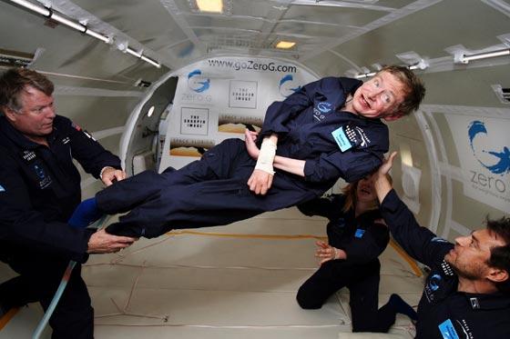وفاة ستيفن هوكينج، أشهر عالم فيزياء بالعالم عن عمر 76 عاماً صورة رقم 3