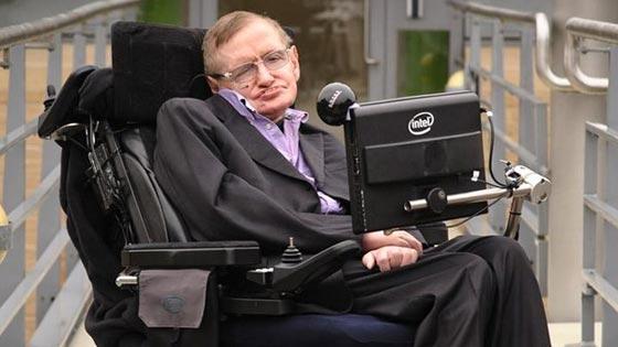 وفاة ستيفن هوكينج، أشهر عالم فيزياء بالعالم عن عمر 76 عاماً صورة رقم 4