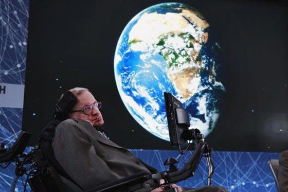 وفاة ستيفن هوكينج، أشهر عالم فيزياء بالعالم عن عمر 76 عاماً صورة رقم 8