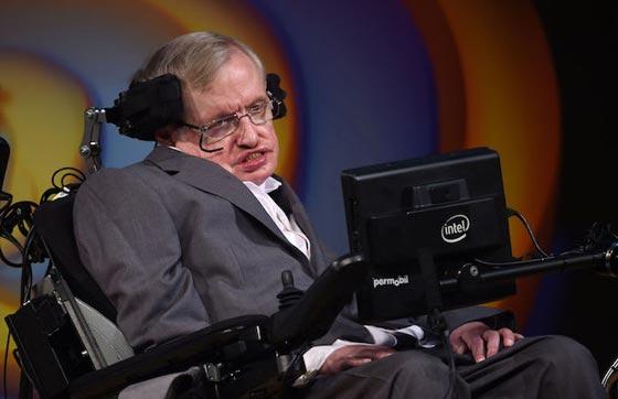 وفاة ستيفن هوكينج، أشهر عالم فيزياء بالعالم عن عمر 76 عاماً صورة رقم 9