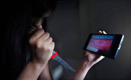 ضحية جديدة للحوت الأزرق بمصر، شاب حاول حرق شقيقاته ووالده  صورة رقم 6