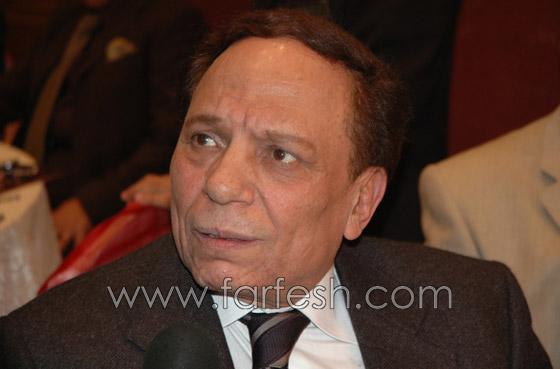 محمد عادل امام: اخاف من والدي في هذه اللحظات ولهذا لا اشاركه التمثيل!  صورة رقم 7