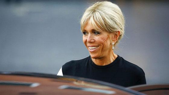صورة رقم 2 -  الوجه الآخر لزوجة الرئيس الفرنسي ماكرون