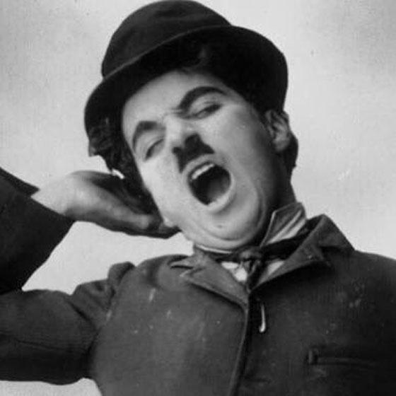 صورة رقم 2 - تعرفوا على قصة شارلي شابلن، الكوميديان البائس الذي أضحك الملايين