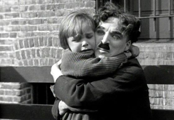 صورة رقم 4 - تعرفوا على قصة شارلي شابلن، الكوميديان البائس الذي أضحك الملايين
