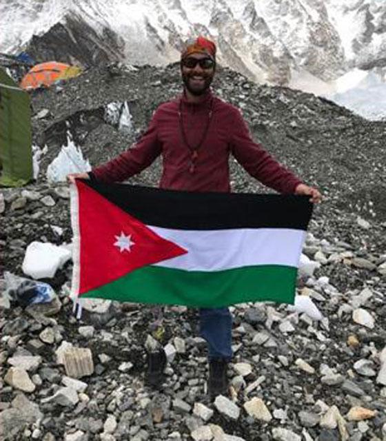 صورة رقم 5 - الفلسطيني جراح الحوامدة.. هزم جبل افرست برجل واحدة
