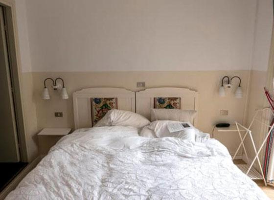 شاهدوا ما يتركه الضيوف بغرفهم في الفنادق.. صور صورة رقم 2