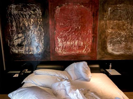 شاهدوا ما يتركه الضيوف بغرفهم في الفنادق.. صور صورة رقم 6