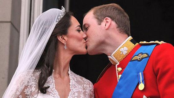 صور نادرة:  أبرز وأهم لحظات مراسم الزفاف الملكية في بريطانيا صورة رقم 2