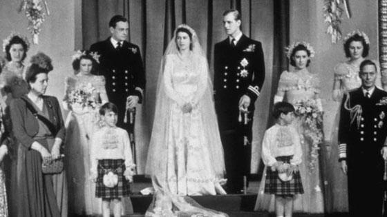 صور نادرة:  أبرز وأهم لحظات مراسم الزفاف الملكية في بريطانيا صورة رقم 4