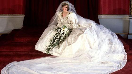 صور نادرة:  أبرز وأهم لحظات مراسم الزفاف الملكية في بريطانيا صورة رقم 6