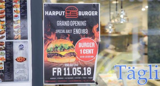 فيديو صادم: افتتاح مطعم هامبرغر بألمانيا كاد أن يتحول إلى كارثة صورة رقم 6