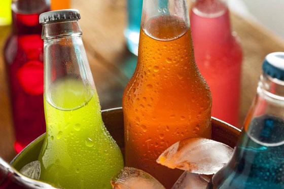 بالفيديو.. خطر المشروبات الغازية والعصائر المحلاة على الصحة صورة رقم 3
