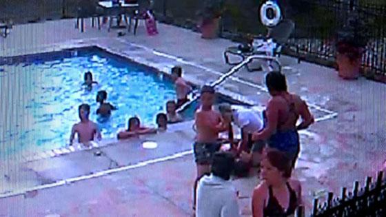 بالفيديو..مراهقة (13 عاما) تنقذ صبيا من الغرق في حوض السباحة صورة رقم 2
