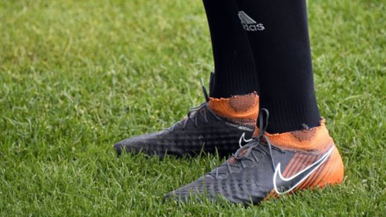 صورة رقم 6 -  نايكي لا تستطيع تزويد لاعبي المنتخب الإيراني بالأحذية لهذا السبب..!