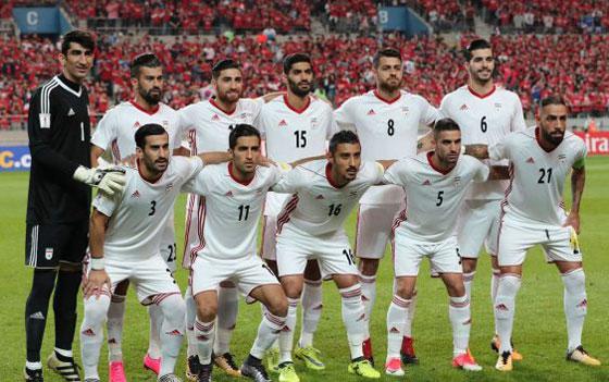 صورة رقم 5 -  نايكي لا تستطيع تزويد لاعبي المنتخب الإيراني بالأحذية لهذا السبب..!