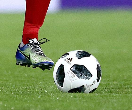 صورة رقم 10 -  نايكي لا تستطيع تزويد لاعبي المنتخب الإيراني بالأحذية لهذا السبب..!