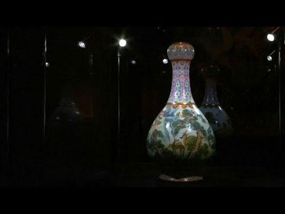 صورة رقم 3 - مزهرية صينية في علبة أحذية بملايين الدولارات... بالصور