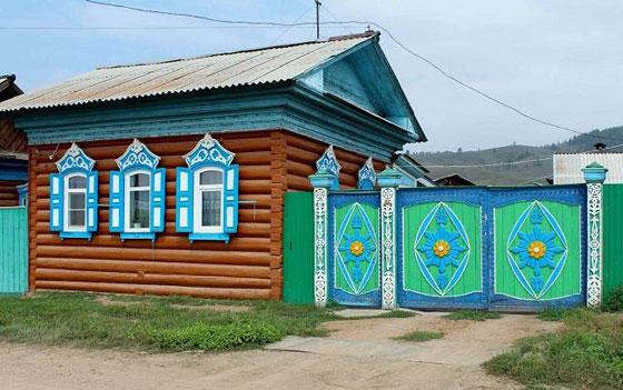 يبلغ عدد سكانها ألف شخص.. تعرفوا على أجمل قرية روسية صورة رقم 2