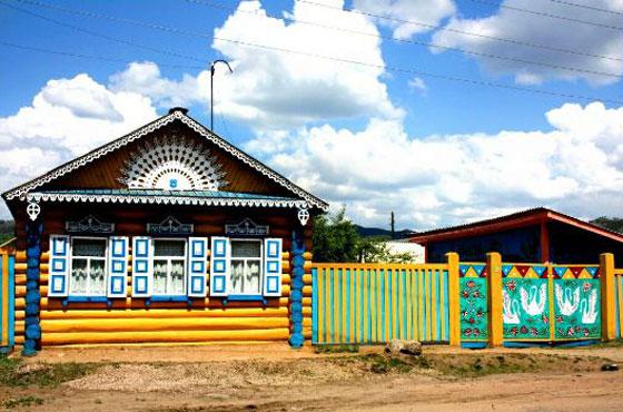 يبلغ عدد سكانها ألف شخص.. تعرفوا على أجمل قرية روسية صورة رقم 4