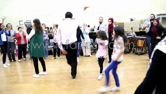 الفنانة الفلسطينية دلال أبو آمنة تبدع بمهرجان مصر والاحتلال يزعم أنها إسرائيلية! صورة رقم 9