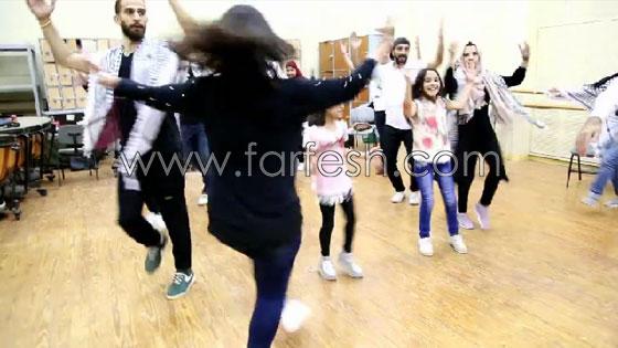 الفنانة الفلسطينية دلال أبو آمنة تبدع بمهرجان مصر والاحتلال يزعم أنها إسرائيلية! صورة رقم 10